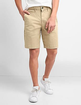 GAP Men Beige Washwell Vintage Wash Shorts With GapFlex