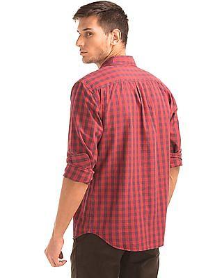 GAP Checkered Standard Fit Shirt