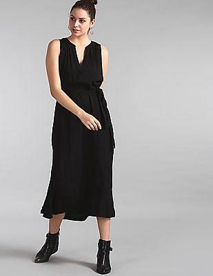 GAP Women Black Sleeveless Zen Maxi Dress