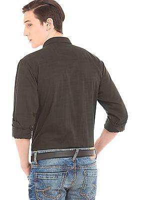 Izod Textured Slim Fit Shirt
