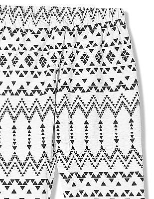 Cherokee Girls Geometric Print Knit Leggings