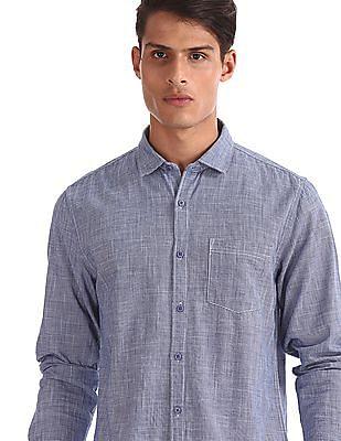 Ruggers Black Patterned Weave Regular Fit Shirt
