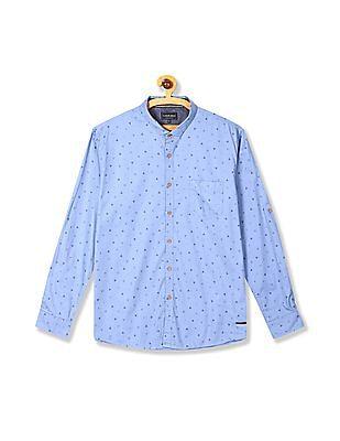 Cherokee Cutaway Collar Triangle Print Shirt