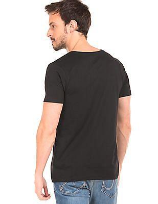 Colt Graphic Print T-Shirt