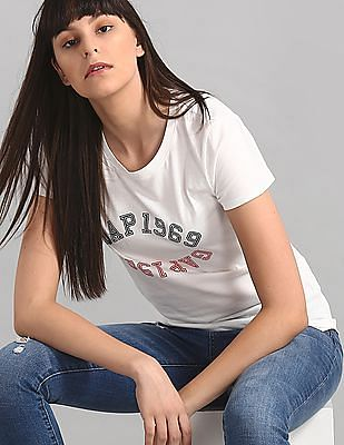 GAP White Brand Print Crewneck T-Shirt