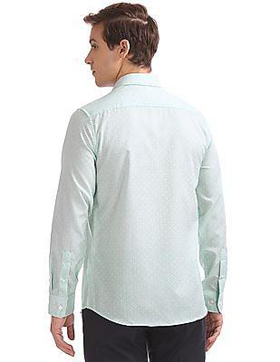 USPA Tailored Regular Fit Jacquard Shirt