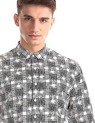 Colt White Spread Collar Printed Shirt