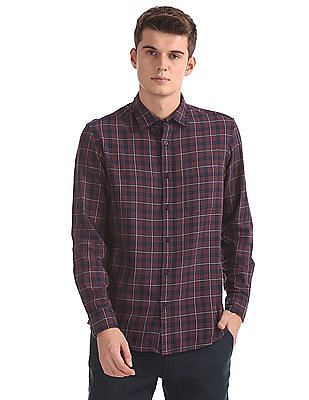 Izod Cutaway Collar Check Shirt