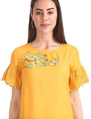 Cherokee Floral Embroidery Woven Top
