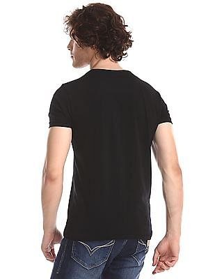 Flying Machine Black Regular Fit Embossed T-Shirt