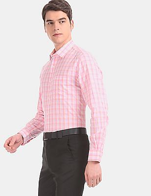 Arvind Men Pink Rounded Cuff Check Formal Shirt