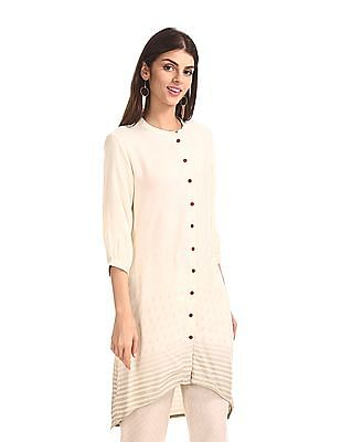 Karigari White Patterned Weave Dipped Hem Kurta