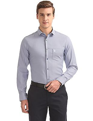 USPA Tailored Slim Fit Jacquard Shirt