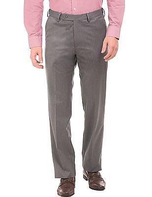 363c9b334 Buy Men Flat Front Regular Fit Trousers online at NNNOW.com