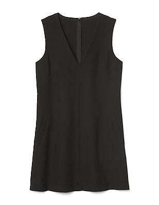 GAP Women Black Sleeveless V-Neck Shift Dress