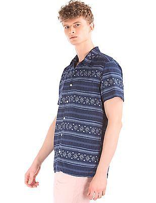 GAP Men Blue Combination Print Short Sleeve Standard Fit Shirt